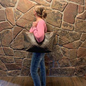 Louis Vuitton Bags - Louis Vuitton neverfull Gm